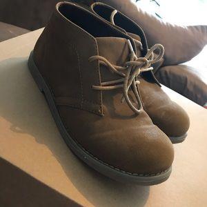 Perry Ellis Size 4 Dress shoes